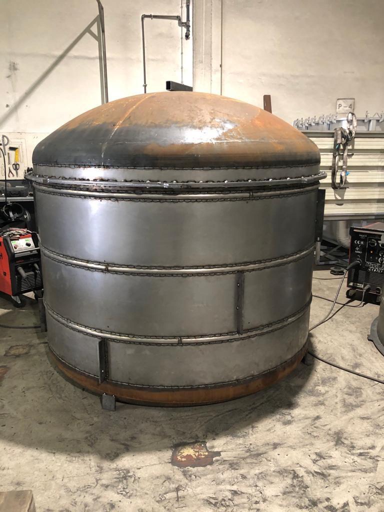 M2C aposta na produção de moldes para rotomoldagem. Molde para rotomoldagem em fase final de produção.
